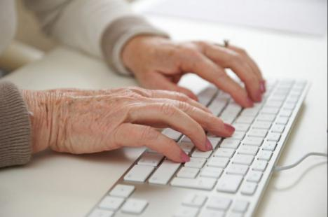 El Ayuntamiento de Puerto Lumbreras y la Fundación Cibervoluntarios firman un convenio para promover el uso social de la tecnología