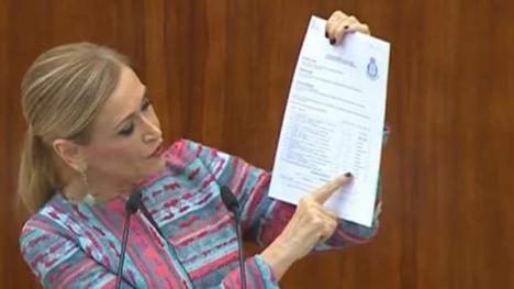 Rajoy deja que Cifuentes se estrelle
