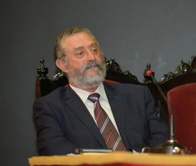 """La Junta Electoral de Huercal Overa dice que la """"cena gratuita en campaña de Francisco Torrecillas, alcalde de Albox"""" reviste naturaleza de delito ordinario."""