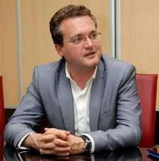 Ciudadanos pretende quitarse a Diego Clemente de enmedio colocándolo en el Pita como director general