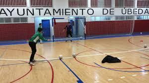 Roban en las instalaciones del club deportivo Ubeda.