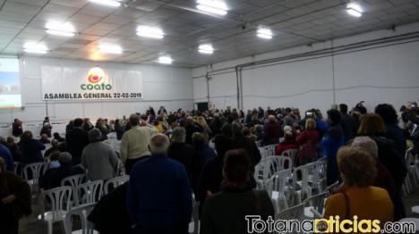 Afectados de la gestión de Coato denuncian 'el bloqueo democrático' de la cooperativa dirigida por José Luis Hernández Costa