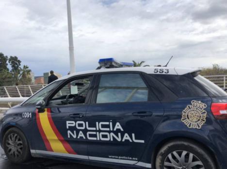 Un hombre detenido en Valencia por pegar e intentar asfixiar a su pareja