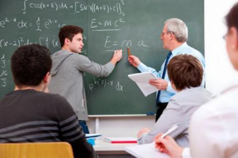 CSIF exige que profesorado y alumnado sólo se incorporen a los centros si se dan las garantías de seguridad y salud