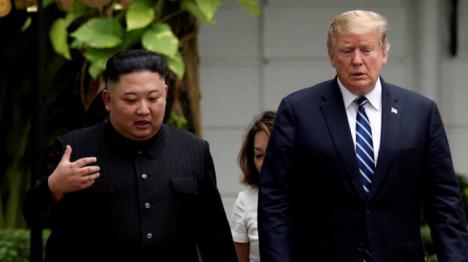 Corea del Sur asegura tras las especulaciones de su muerte que Kim Jong Un 'está vivo y bien de salud'
