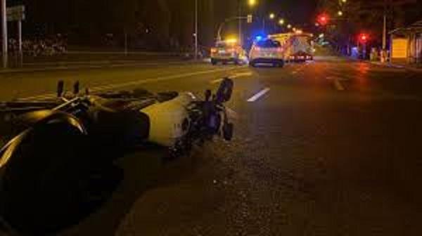 El actor Jordi Mestre muere en Madrid al colisionar su moto contra un semáforo
