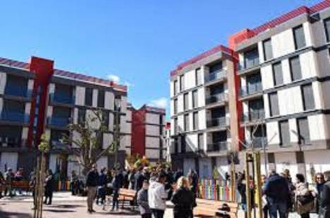 La Junta de Gobierno aprueba la cesión de seis viviendas de propiedad municipal situadas en el Barrio de San Fernando a diversos colectivos sociales del municipio