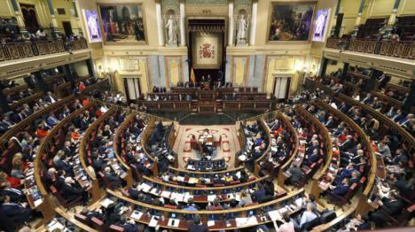 Sánchez gana la votación por un voto, con este mismo resultado se asegura la investidura el próximo día 7