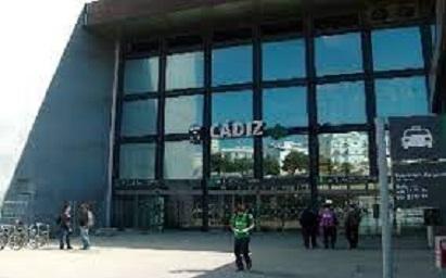 Renfe pone en marcha un tren directo Cádiz-Barcelona a partir de agosto