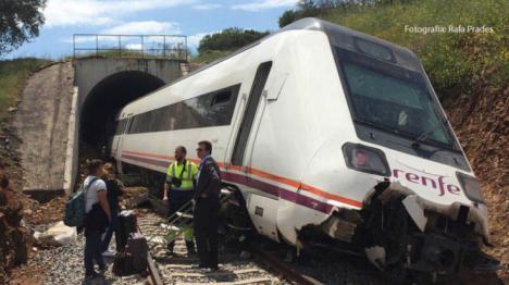 Un tren descarrila en la provincia de Badajoz