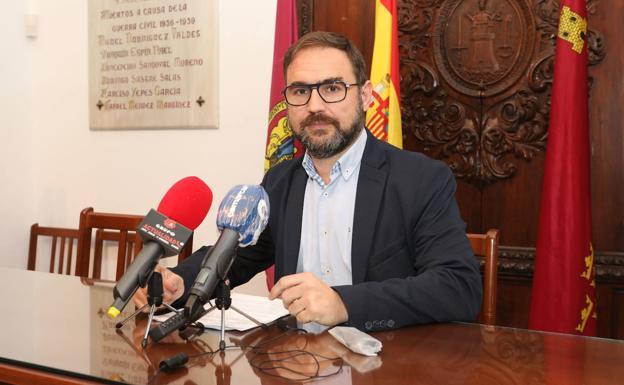 El Alcalde de Lorca pone a disposición del Ayuntamiento de Granada todos los recursos municipales disponibles tras el terremoto ocurrido en la ciudad andaluza