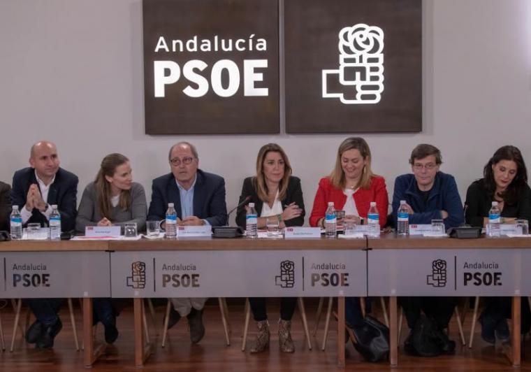 'Se regenera lo que está degenerado' ha dicho Susana Díaz en Hoy por Hoy, asegurando que no dimitirá.