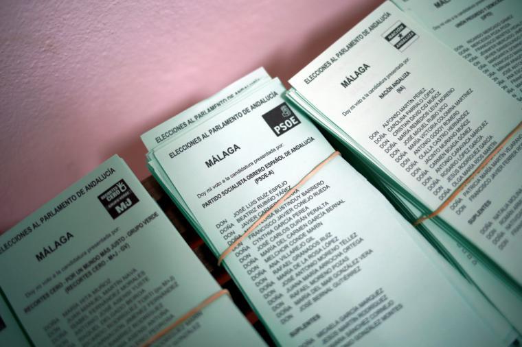 Esas papeletas con el nombre de Susana Díaz tachado dejan patente que no es al Psoe al que no se quiere sino a ella