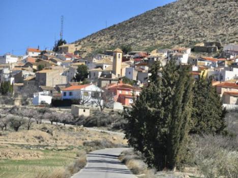 El PP apoya la petición de los vecinos de Coy para que el Ayuntamiento aclare todos los detalles de las obras de canalización de agua potable que afectan al manantial de la pedanía