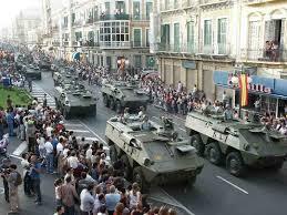 Rajoy convoca una reunión urgente con sus ministros mientras el ejército se prepara por si tiene que intervenir