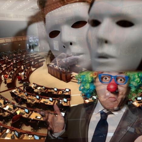 La política empieza a ser un circo, que empiece el espectáculo