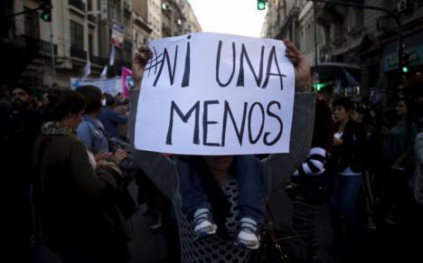 Detenido en Sevilla un hombre por agredir a su expareja y quebrantar la orden de alejamiento