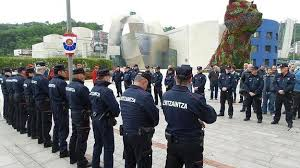 Homenaje al ertzaina asesinado por ETA en el Guggenheim