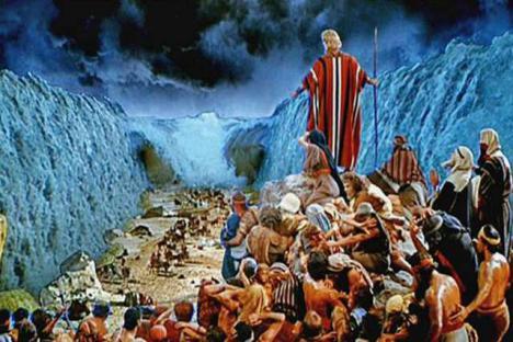 El ejército que persiguió a Moisés descubierto bajo las aguas del Mar Rojo
