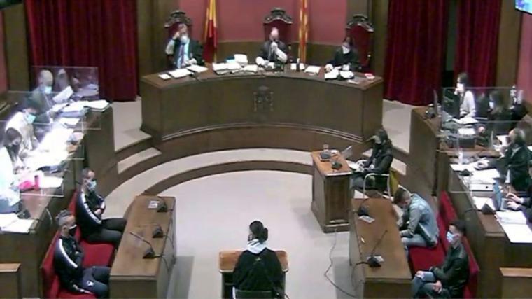Declara la víctima de la 'Manada de Sabadell': 'No sabía si me iban a matar'