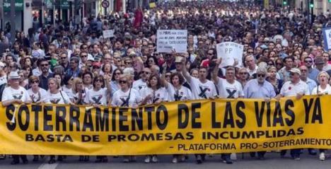 El PSOE de Murcia pide en la Asamblea un informe jurídico sobre la modificación de la Ley del Presidente