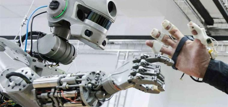 Fedor el androide cosmonauta regresa a la tierra