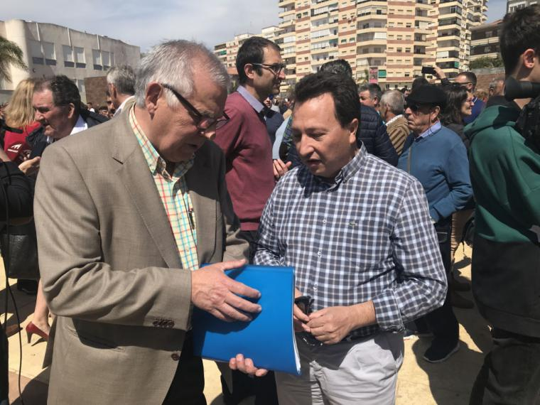 La Mesa del Agua de Almería apoya en Motril la concentración que pide la construcción de las conducciones de Rules