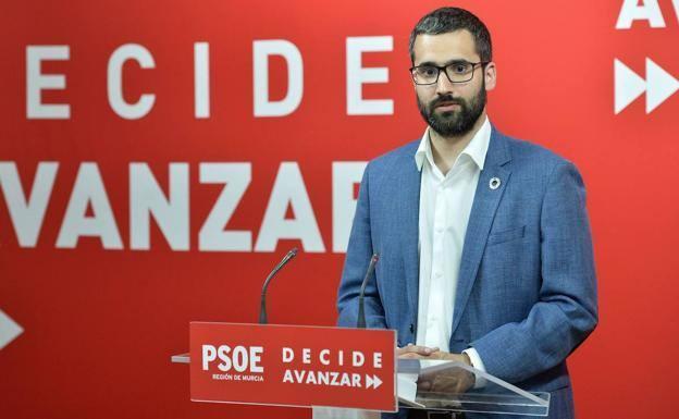 """Lucas: """"El único que no da la cara y da plantón a la ciudadanía de la Región es el Gobierno regional"""""""