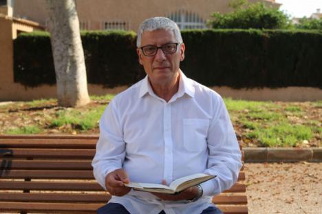 José Carrió Seser presenta su nueva obra escrita en prosa poética: 'Momentos'