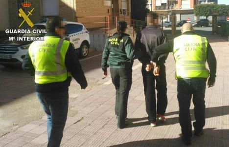 Cuatro hombres detenidos en Elda por un delito de tentativa de homicidio