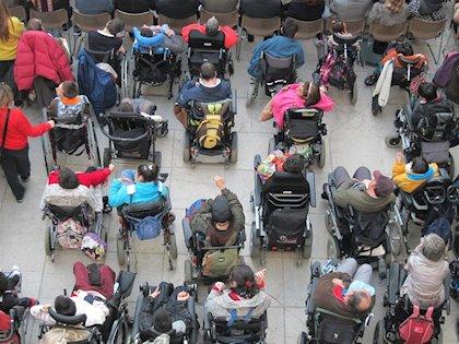 Las patronales del sector de atención a personas con discapacidad junto a CCOO y UGT reclaman que se garantice la salud y el bienestar de trabajadores y usuarios