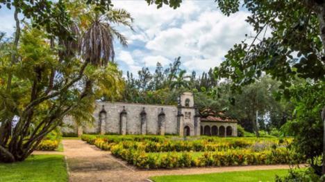 El monasterio medieval segoviano que fue comprado por un periodista y llevado a Miami