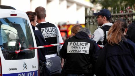 Un conductor atropella a seis militares franceses en lo que parece ser un atentado terrorista.