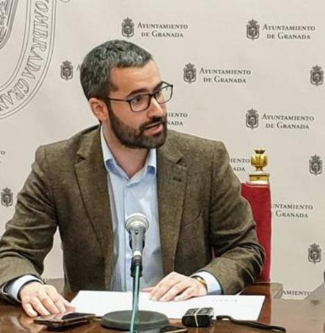 """Francisco Lucas: """"El Gobierno regional murciano hace bromas de mal gusto a costa de las preocupaciones de la ciudadanía"""""""