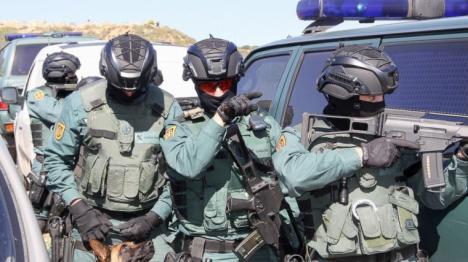 Tres centenares de GAR, el grupo de élite de la Guardia Civil preparados en Barcelona por si tienen que intervenir.
