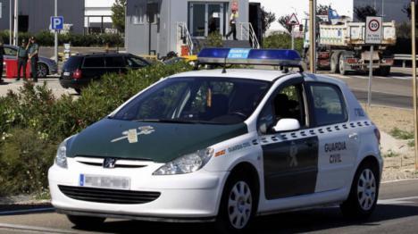 la Policía Nacional localiza un coche patrulla de la Guardia Civil que desapareció durante una operación antidroga en Vélez- Málaga