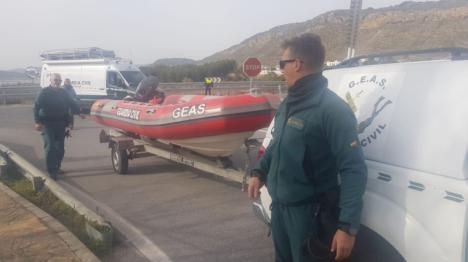 Sigue sin encontrarse al piloto del autogiro siniestrado en Iznájar