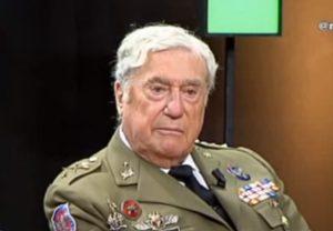Entrevista.  El ejército aún no se ha pronunciado sobre la situación catalana.