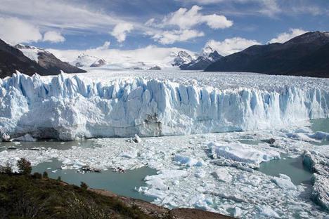 Científicos de la NASA descubren una gigantesca cavidad en el glaciar en la Antártida Occidental