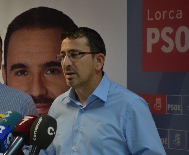 El PSOE denuncia ante la Junta Electoral de Zona la aparición de pintadas sobre sus carteles electorales y Guardia Civil abre diligencias para identificar los autores