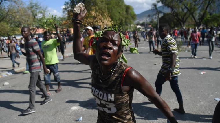 EN HAITí NO HAY PETROLEO Y POR CONSIGUIENTE NO HAY AYUDA HUMANITARIA COMO EN VENEZUELA