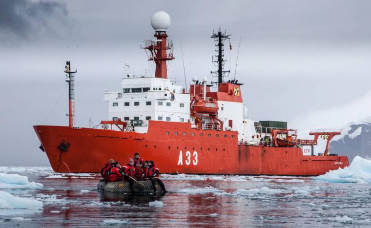 """El BIO """"Hespérides"""" regresa a Cartagena tras desarrollar nueve proyectos científicos y recorrer 30.000 millas, equivalentes a una vuelta y media al Mundo"""