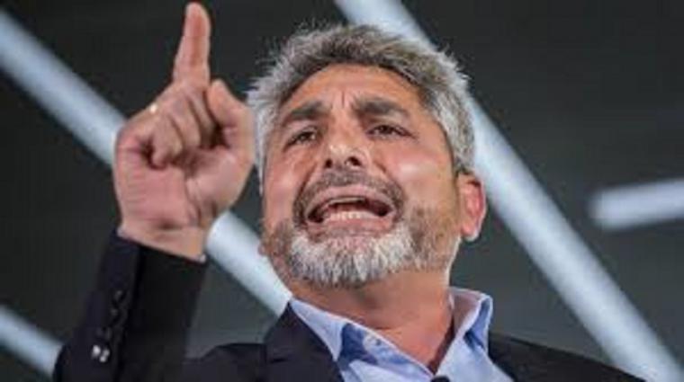 Pablo Casado valora si Juan José Cortés debe encabezar la lista por Huelva