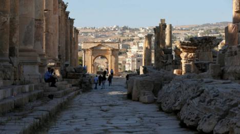 Tres turistas españoles apuñalados cuando visitaban unas ruinas en Jordania