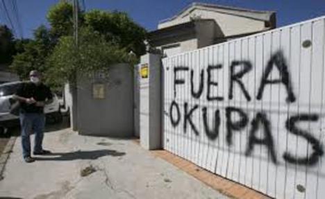 El PSOE critica que el PP prefiera arañar votos de la extrema derecha que actuar con responsabilidad en la ocupación ilegal de viviendas
