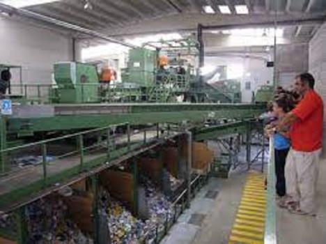 """El PP exige que la nueva tasa del Gobierno sobre residuos urbanos """"no repercuta"""" en otra subida del recibo que pagan los lorquinos"""