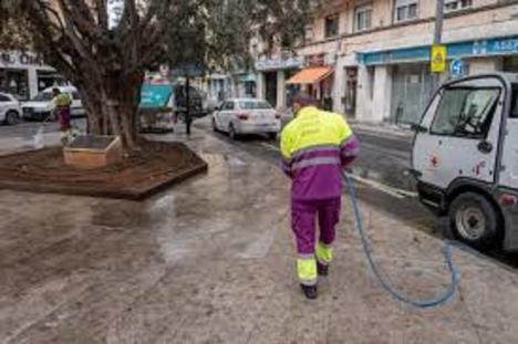 En USO Almería, se felicitan por las contrataciones en el servicio de limpieza viaria para la NO FERIA, aunque discrepan con la información que ha venido dando el sindicato CSIF en relación a este tema