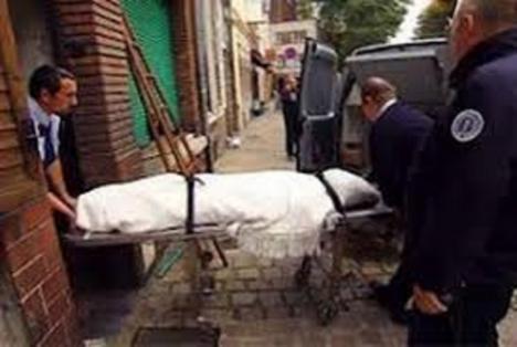 Hallan en un piso a una anciana que llevaba muerta 15 años