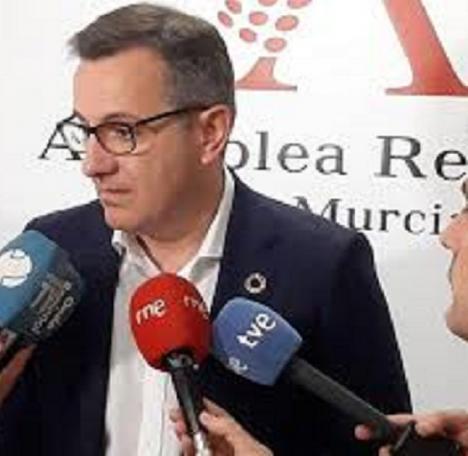 Diego Conesa reitera a López Miras la necesidad de acuerdos para reconstruir la Región