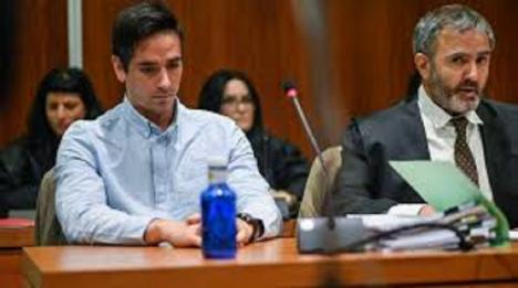 Rodrigo Lanza, el autor de matar a un hombre por llevar tirantes con la bandera de España condenado a cinco años de cárcel